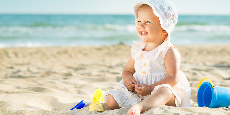 Bebekleri güneşten koruyacak 7 önemli önemli kural